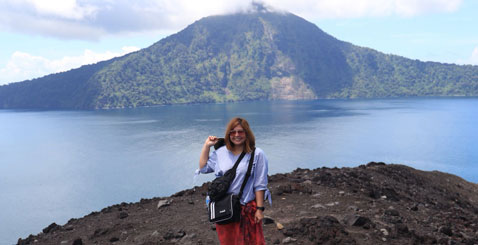 krakatau one day tour